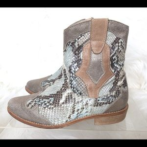 RINALDI Snakeskin Leather Cowboy Boot Turquoise